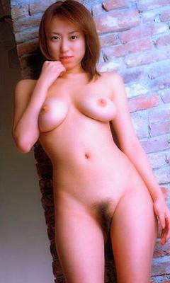 38 dd naked latino