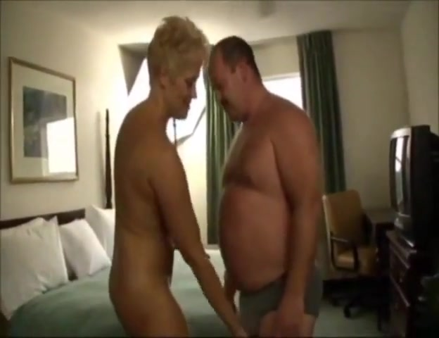 Bear Fucking A Woman In A Hotel