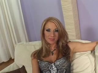 POV ACT WITH SEXY CUTIE