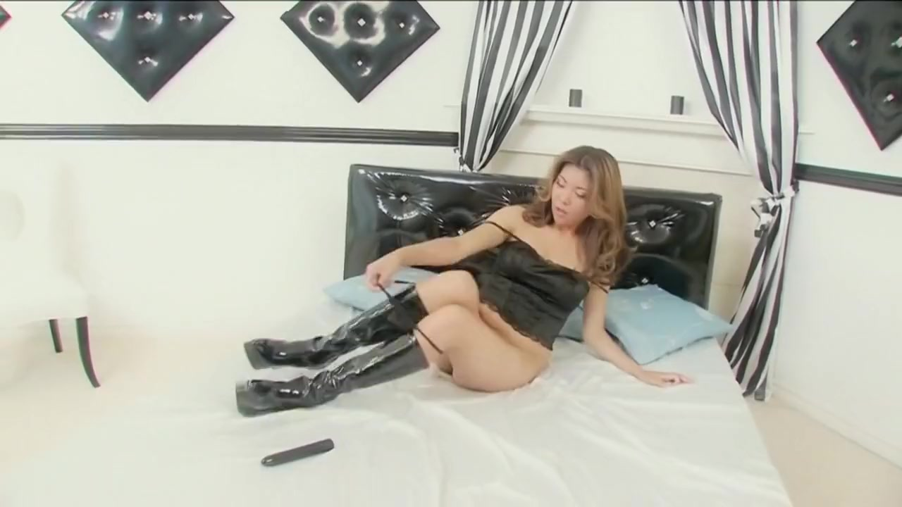 Great Pornstar In Horny Dildos / Toys, Small Tits Sex Clip