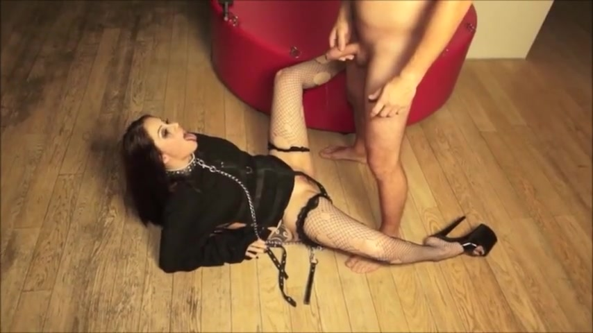 Slave Pissing Deepthroat Double Fisting Fucking Prolapse