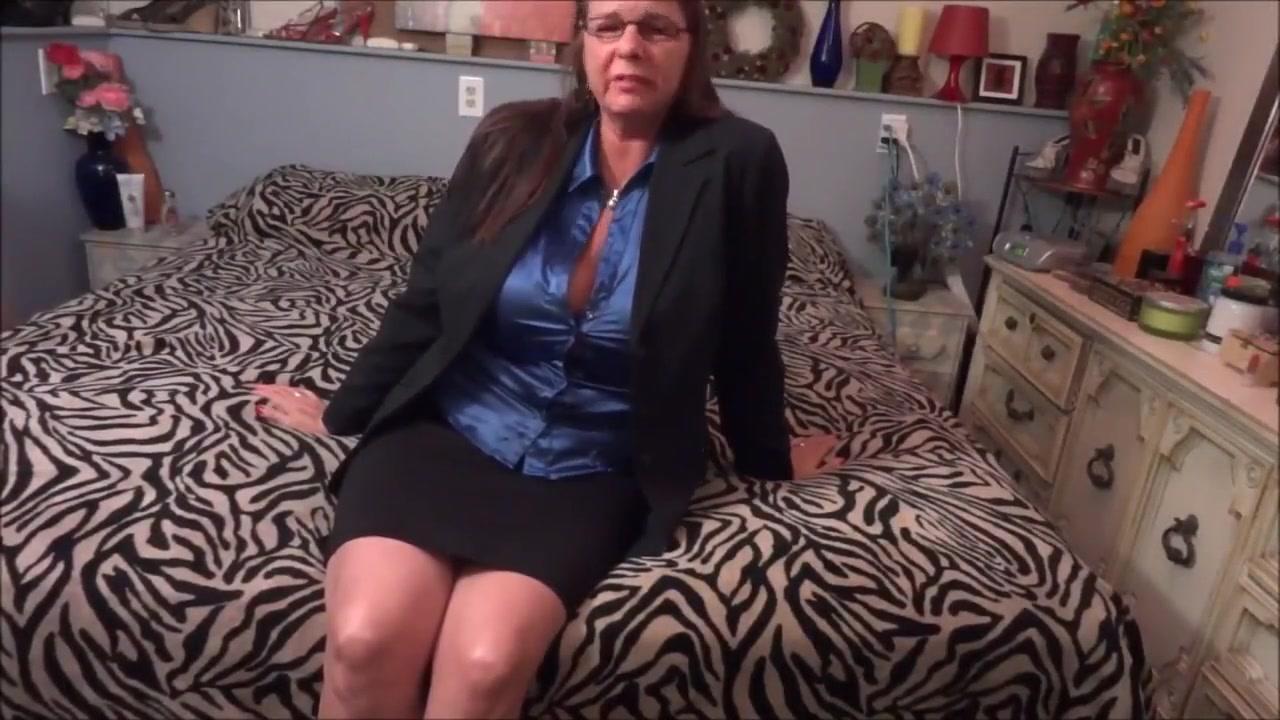 Hot Mother Masturbate