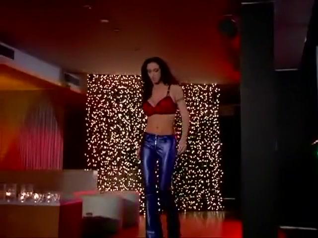 Horny Pornstar Rhiannon Bray In Amazing Blowjob, Cunnilingus Xxx Clip