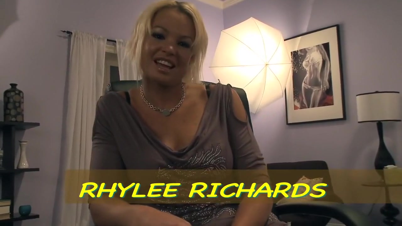 Hottest Pornstar Rhylee Richards In Hot Blowjob, Facial Xxx Film