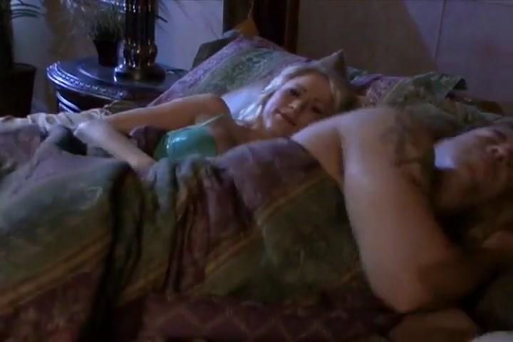 Seksi Plavuša Katie Dobiti Joj Maca Jeli I Jebeno