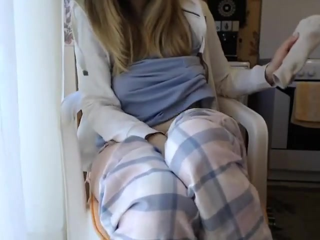 Pale College Girl Squirts In Front Of The Webcam