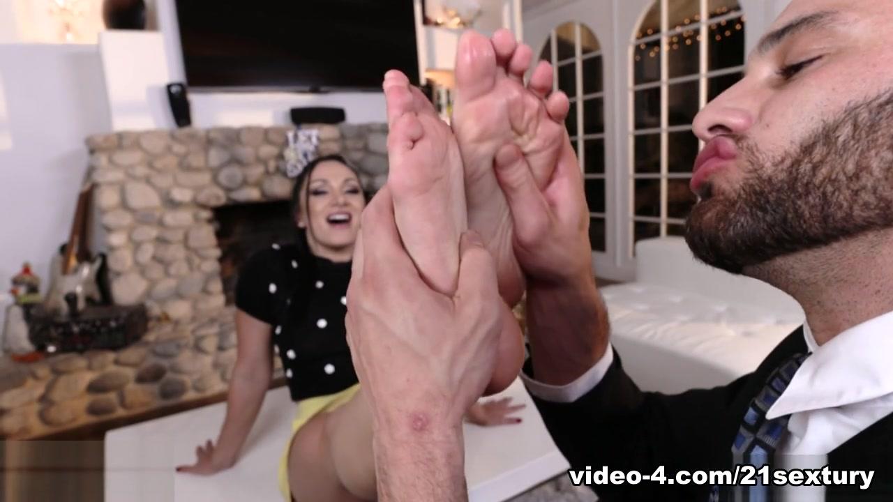 Lea Lexis & Damon Terninger I Sukker Pappa Forførelse, Scene # 01 - 21Sextury