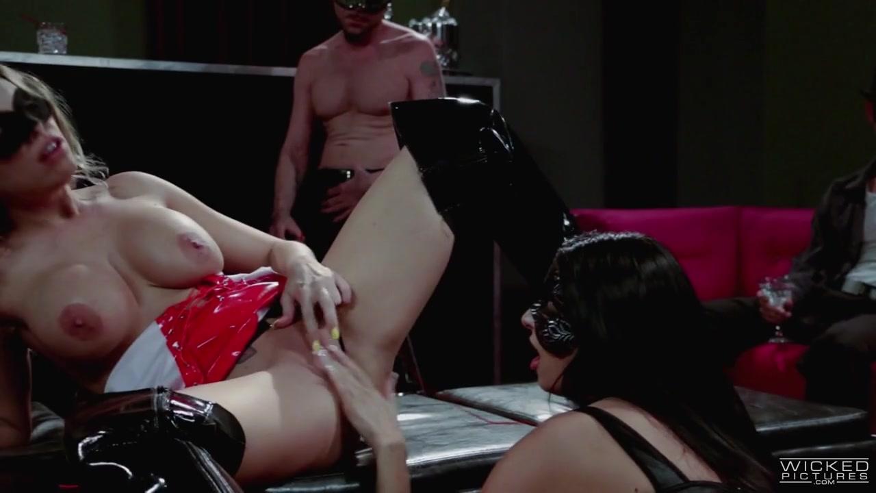 Britney Amber, Nikki Daniels In The Impulse, Scene 5 - Evil