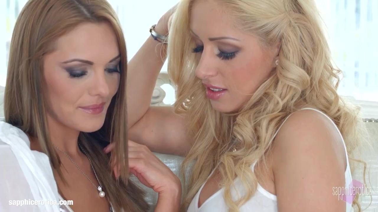 Natural Beauties Melanie Gold And Dominica Fox Of Sapphic Erotica Lesbian Lovemaking
