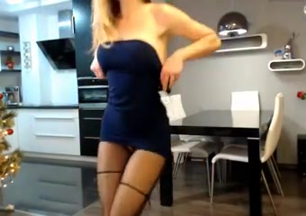 Girl In Fingering Skirt