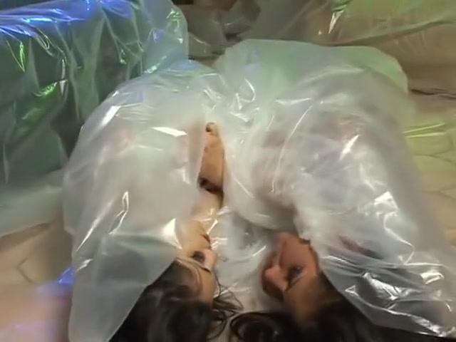 角質のポルノスターエイリアンのグループのセックスでアリシアの天使とイザベラパチーノ、肛門のアダルトシーン