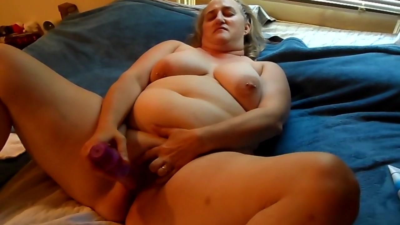 Sweets Masturbate