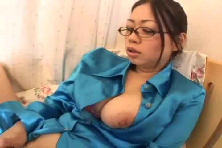 Lizati Busty Asian Žena