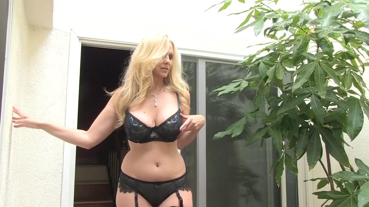 Niesamowita Gwiazda Porno Julia Ann W Bajecznych Dużych Cyckach, Cunnilingus Xxx Scene