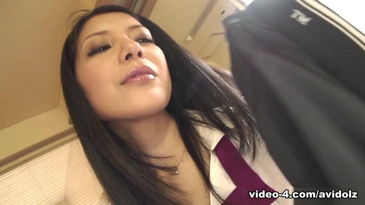 Kana Aizawa In Kana Aizawa Masturbates Thinking About Her Husband - Avidolz
