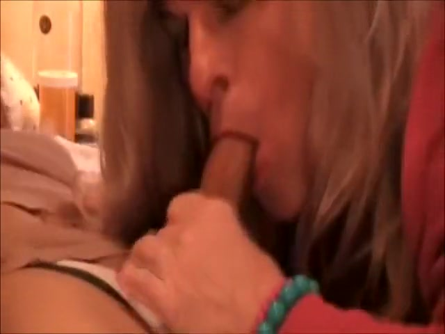 Horny Amateur Shemale Video With Amateur Scenes, Mature