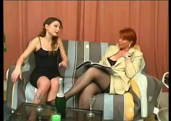 Redhead MILF nailed in old on young vintage video