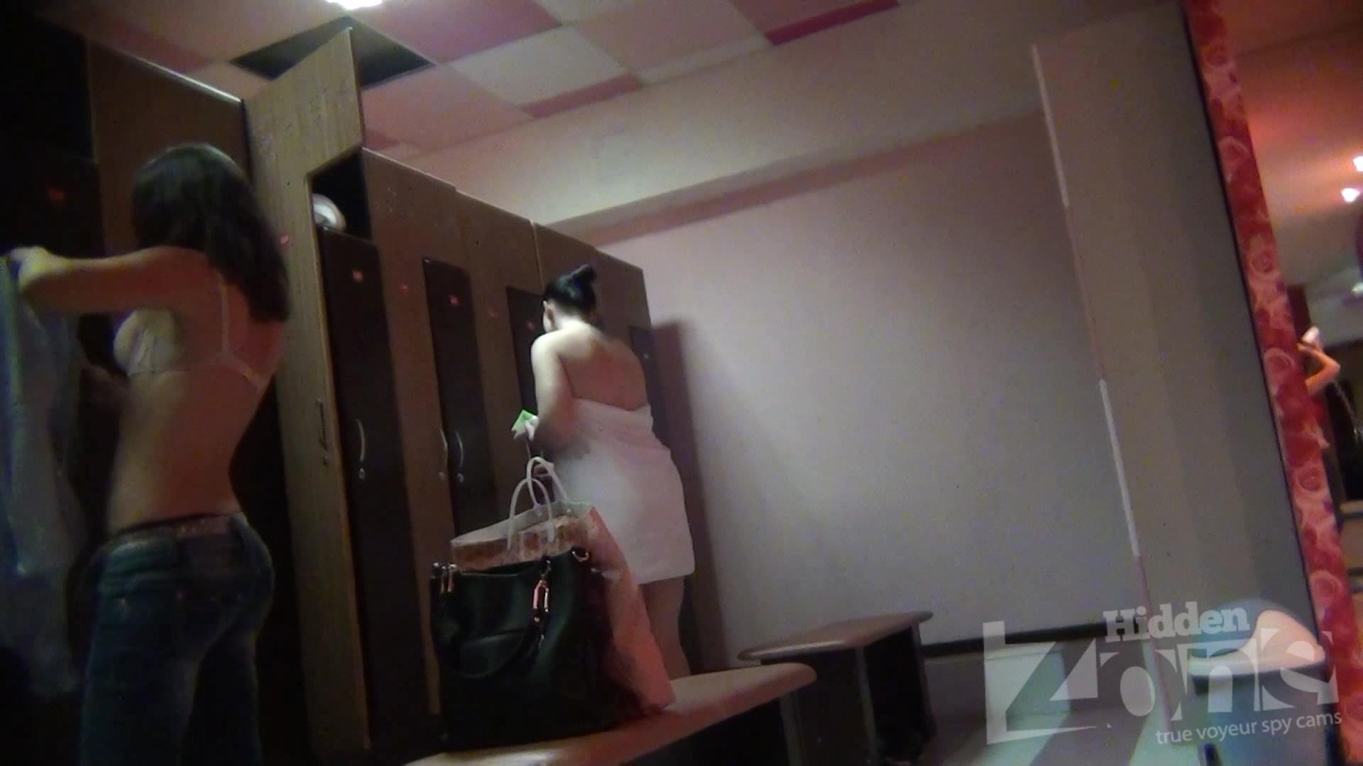 Ютуб женская общага скрытая камера ххх #10