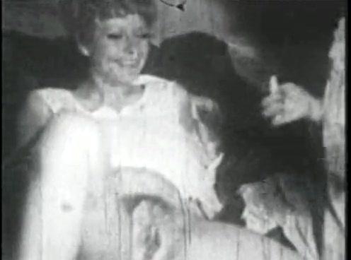 Retro Porn Archive Video: Femmes seules 1950s 02