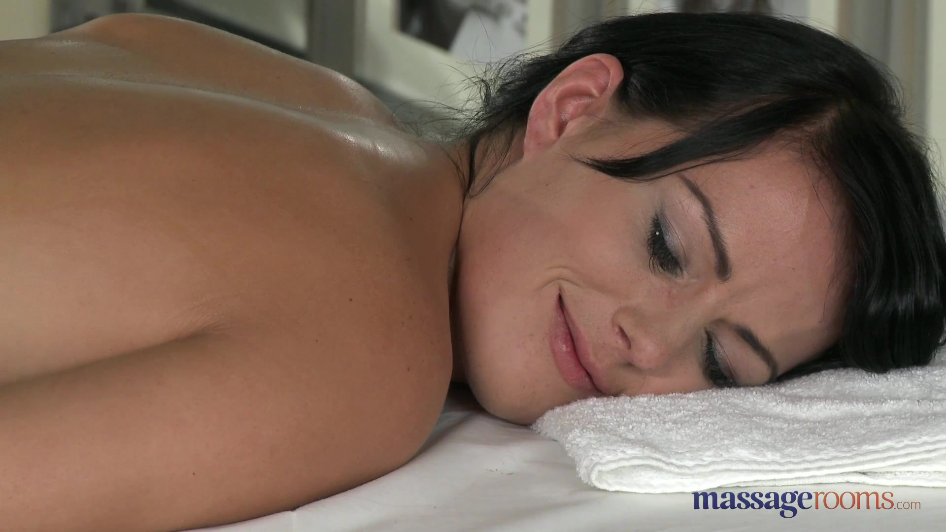 MassageRooms video: samantha and george