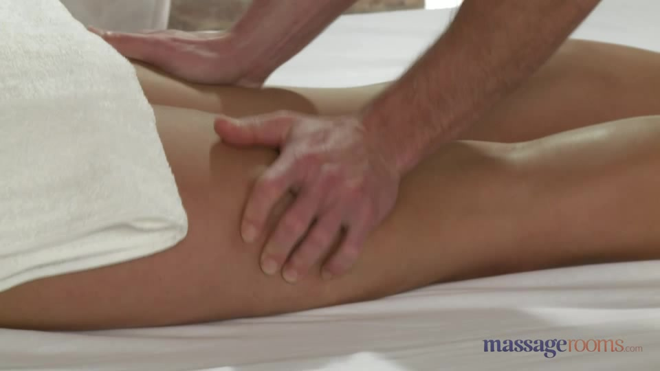 MassageRooms video: George on Nathaly
