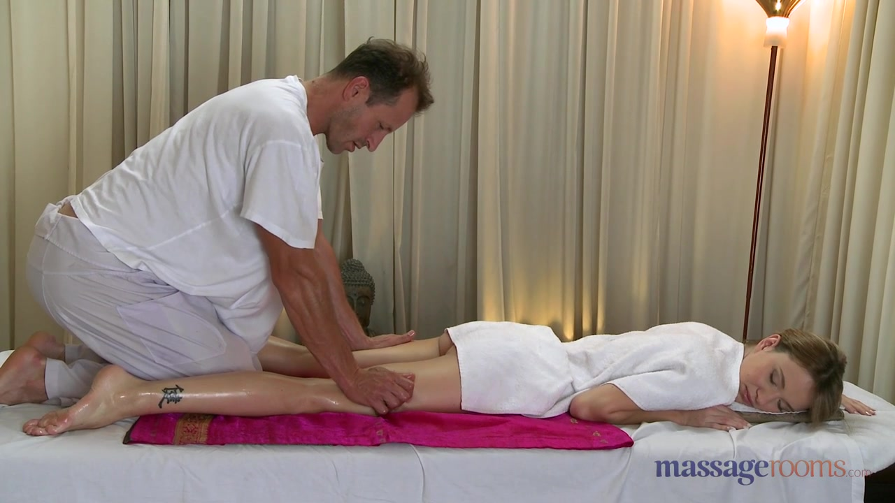 MassageRooms video: george on angel
