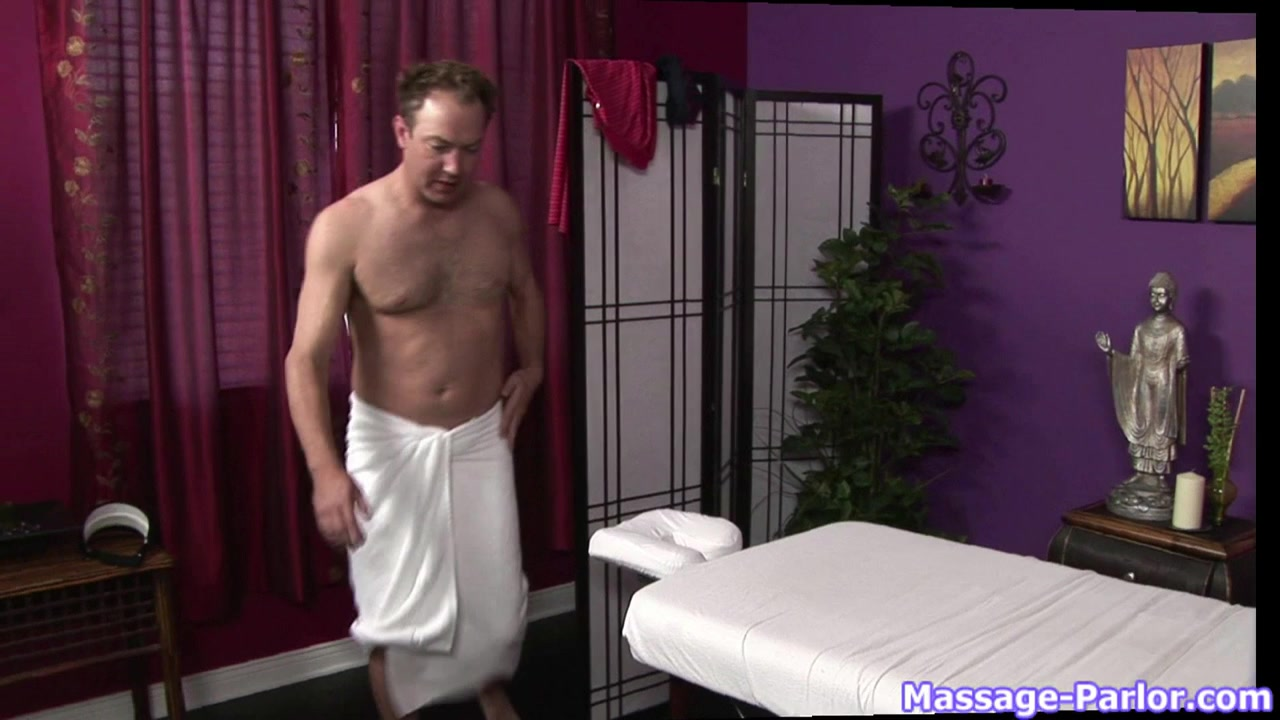Massage-Parlor: The Cocky Golfer