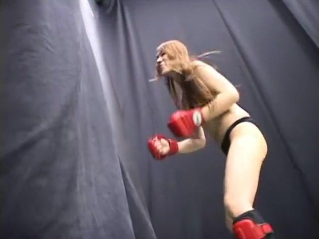 Japanese babe dominates her kick box coach