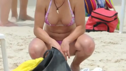 Bewitching gal on the beach