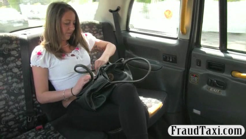 Cute angel screwed by fake driver for giving her a free fare
