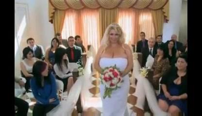 A big beautiful woman 38g Wedding Night.