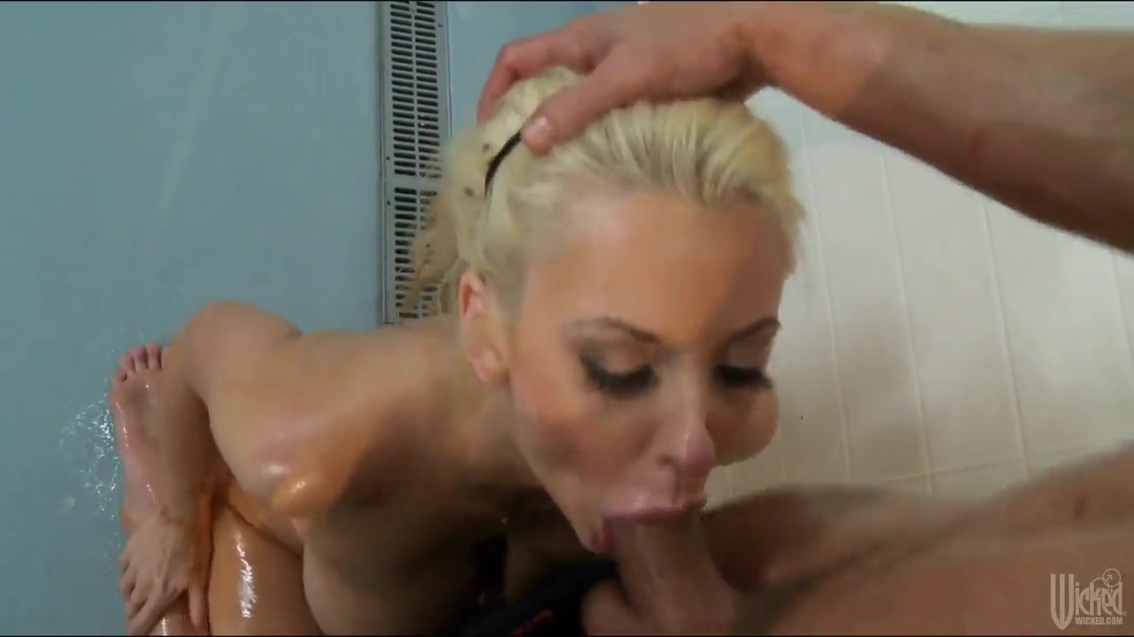 gorgeous blonde courtney taylor gets nailed rough
