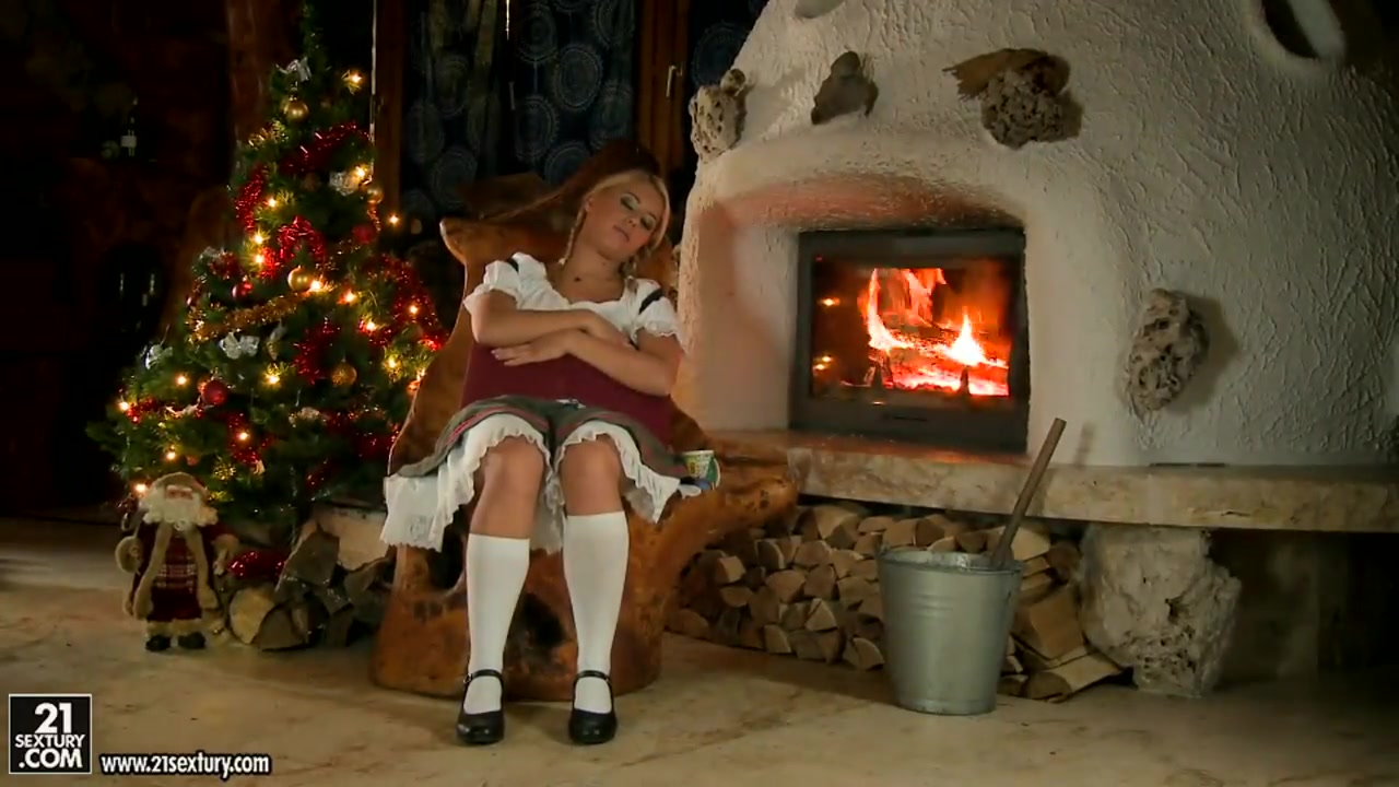 blonde nikky thorne having sex with santa claus