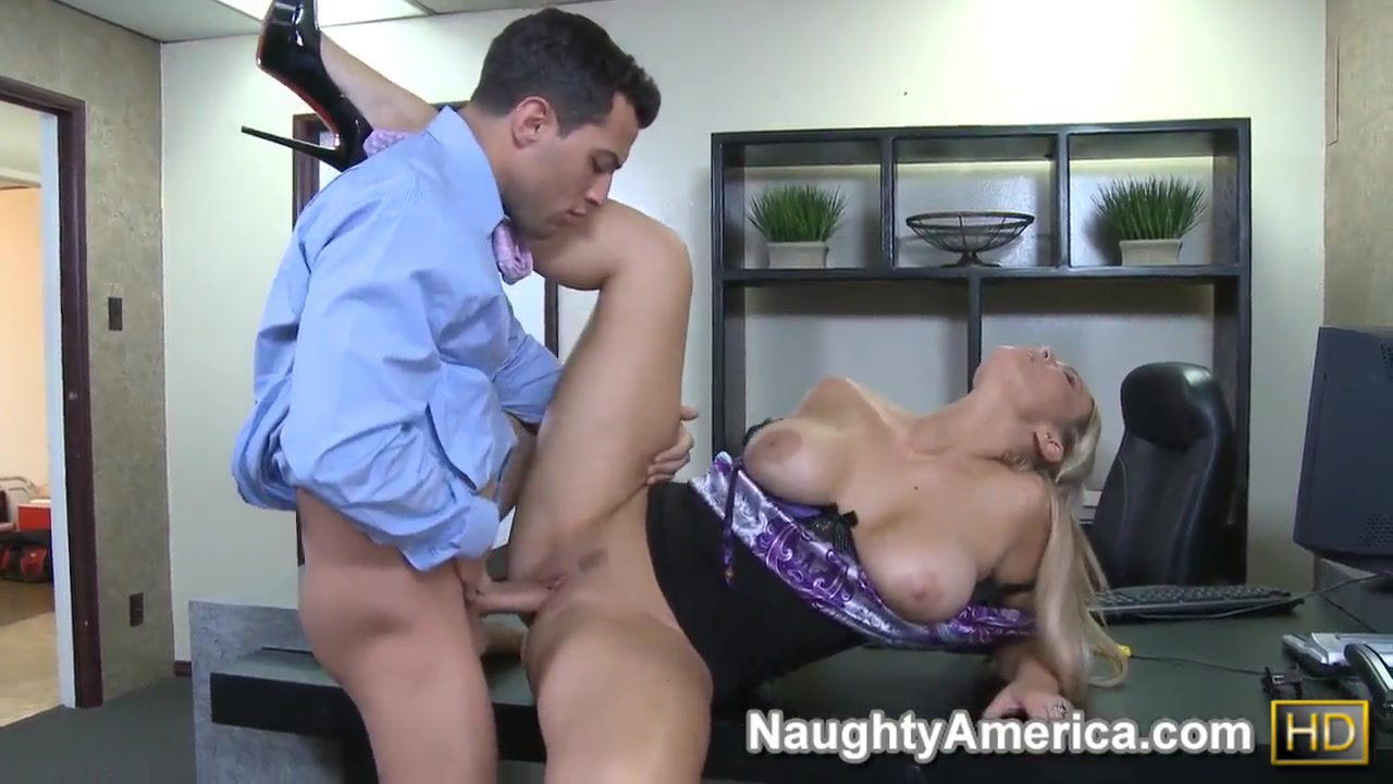 abbey brooks screw so hard with mikey butders