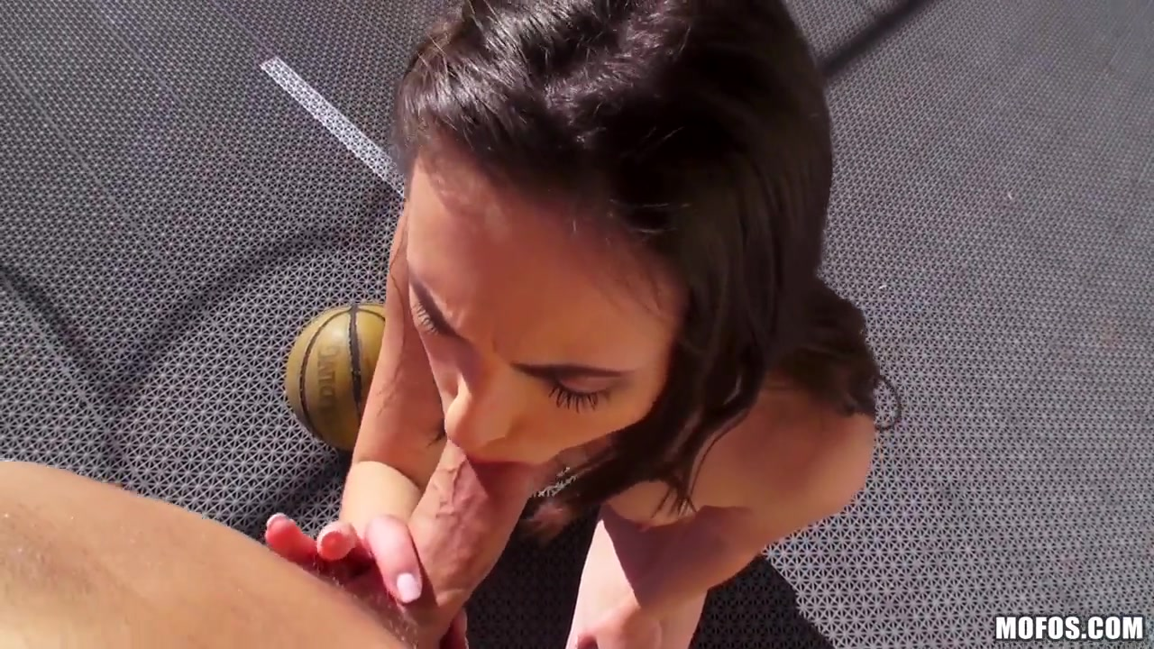 casey calvert gives me an amazing oral pleasure that starts on basketball - ourt