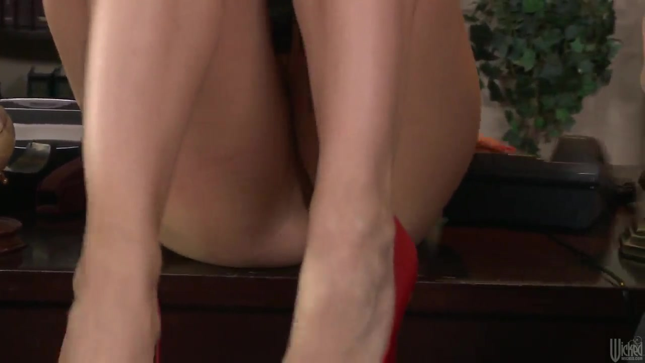 big slut office titty chanel preston in red shoes gets fucked