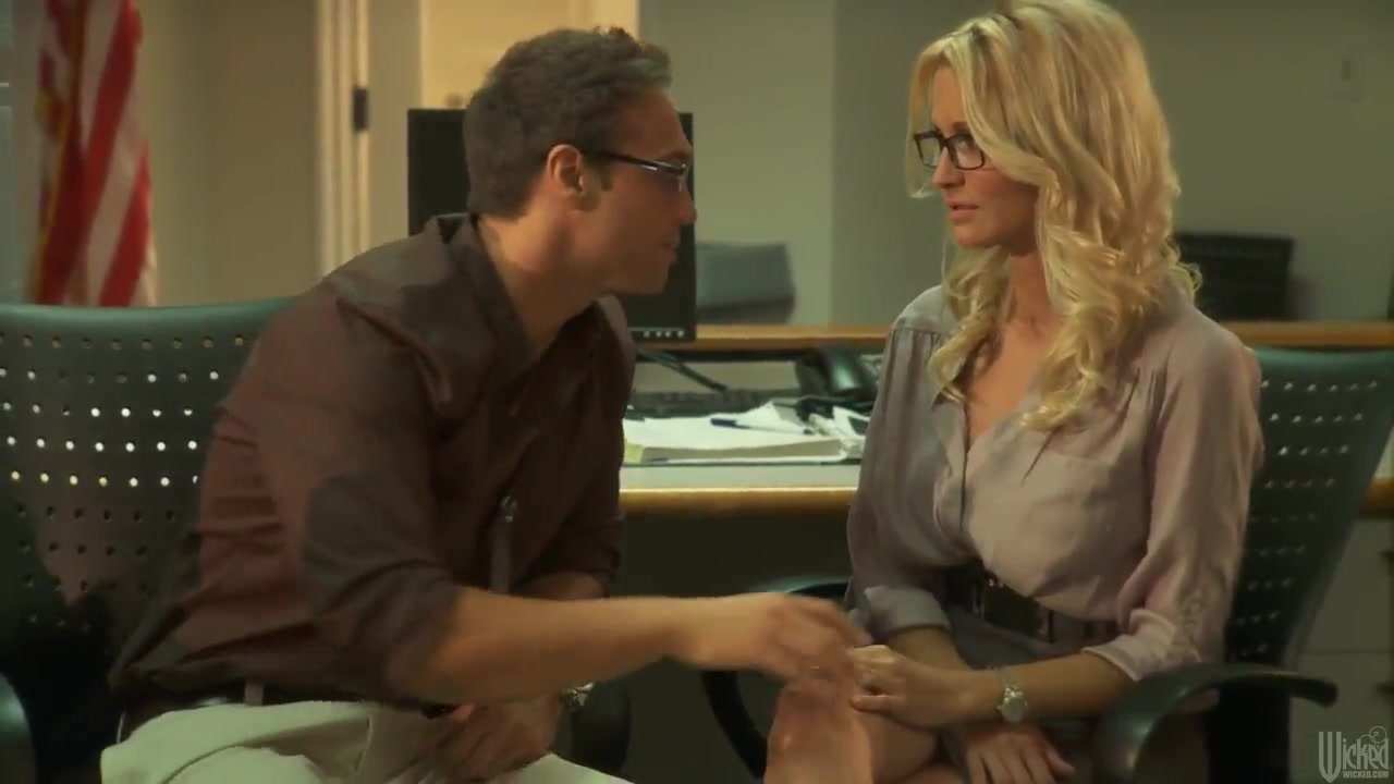 hot office fuck with blond baby jessica drake
