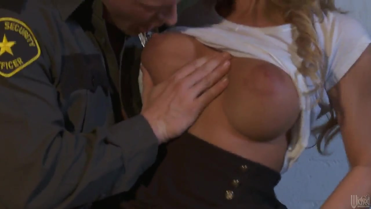 nicole aniston fucking with a strong sergeant