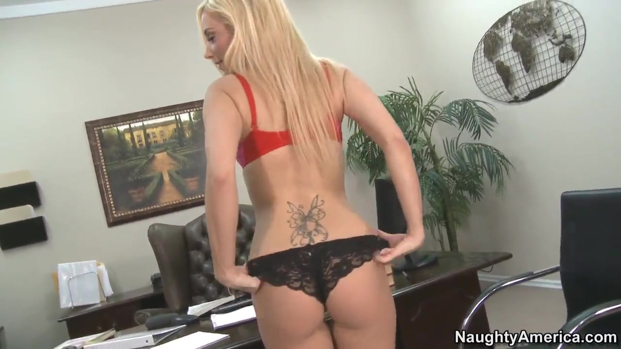 naughty blonde mariah madysinn giving a blowjob before a fuck