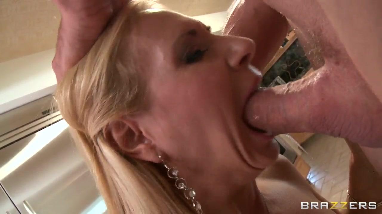 brooke tyler mature rewards his neighbor with deep throat
