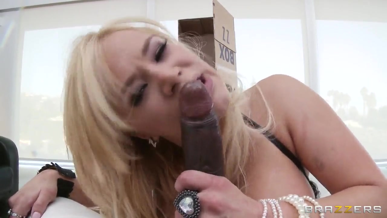 sean michaels fucking blonde with big tits shyla stylez
