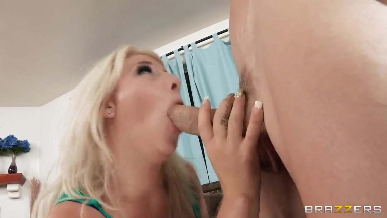 kimmy olsen gets his asshole stretched by a big dick