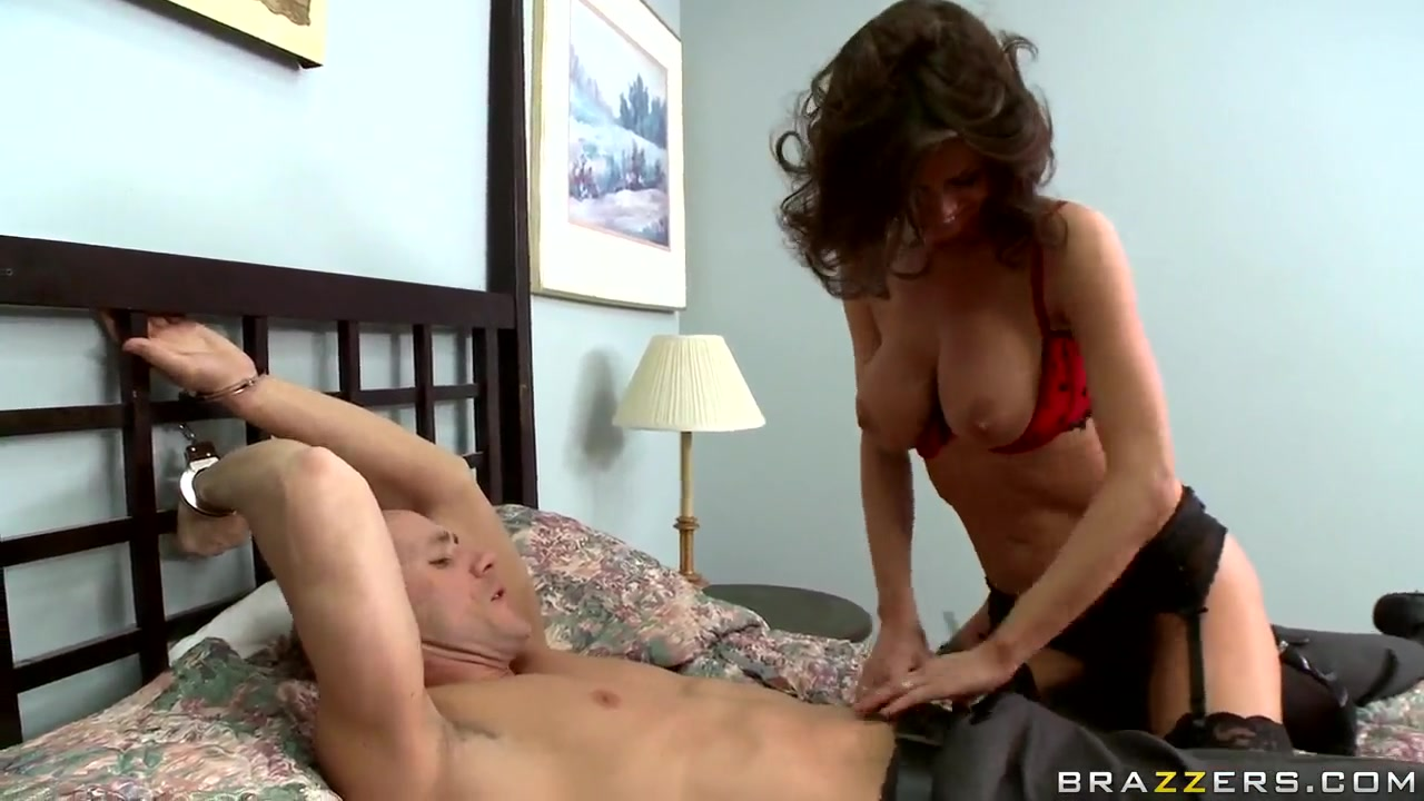johnny sins get fucked with glamorous delicious brunette veronica avluv