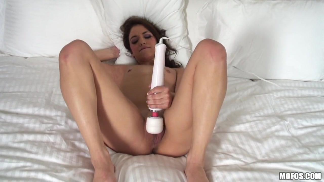 gigi rivera - small slut, big ambitions