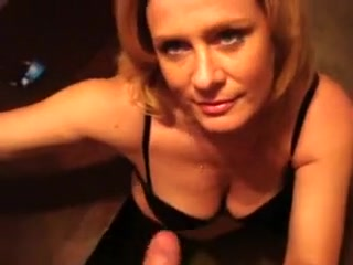 milf likes to talk dirty while getting fucked