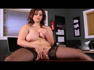 Eros & Music - BBW meloman with natural melons