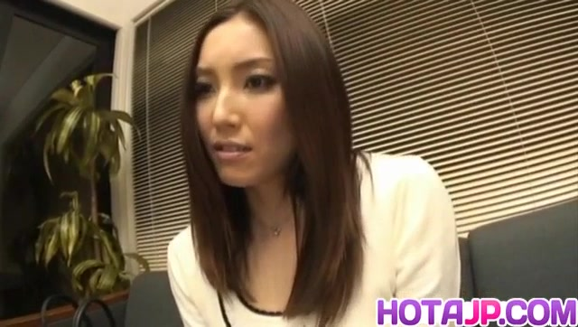asian doll nozomi mashiro gets her pussy fucked and masturbates