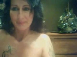 Webcamfun Milf With Tattoo Shows Shaved Pussy