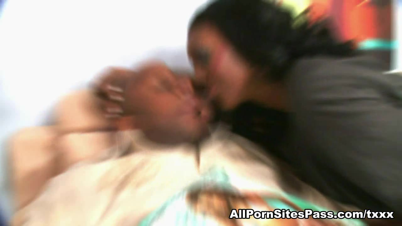 Naomi Banxxx U Crnom Hardcore Video - Allpornsitespass