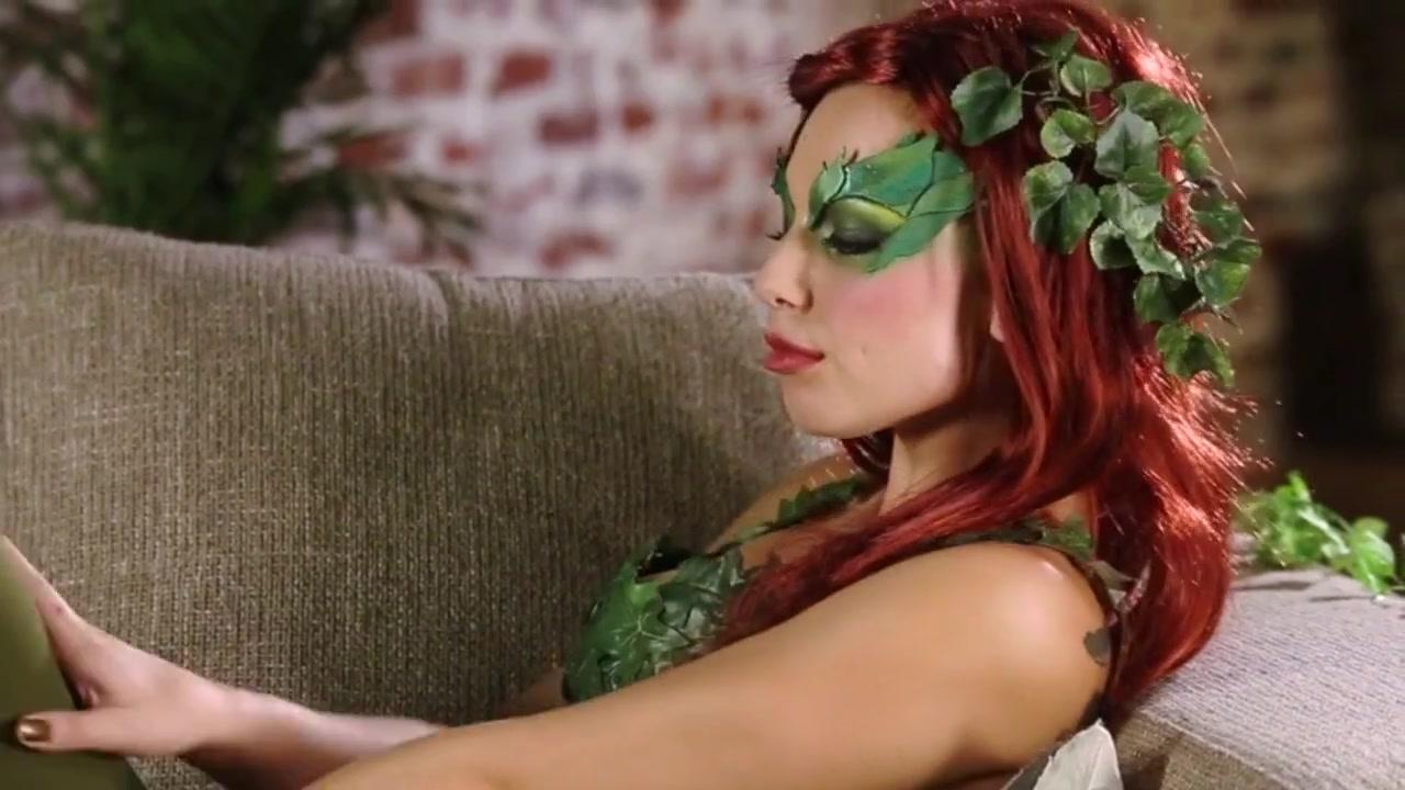 Cosplay Hera Venenosa .... Porno Movie Fantastic